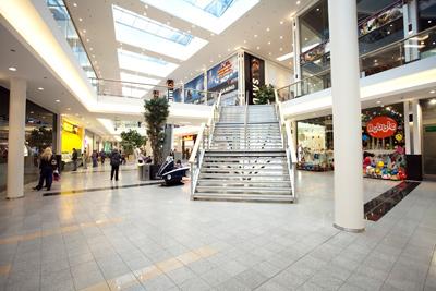 belval plaza shopping center esch sur alzette einkaufszentrum kleidung editus. Black Bedroom Furniture Sets. Home Design Ideas