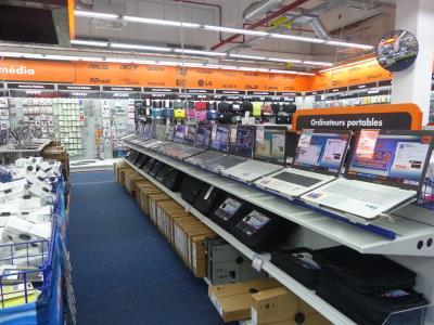 saturn esch belval plaza esch sur alzette console et jeu disque cd et dvd electrom nager. Black Bedroom Furniture Sets. Home Design Ideas