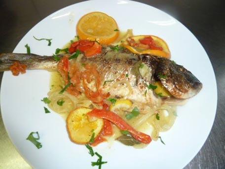 Restaurant meltemi cuisine grecque cuisine traditionnelle editus - Cuisine grecque traditionnelle ...