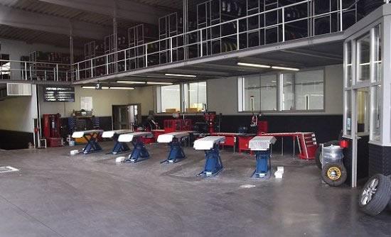 Nv techno automotive equipments zellik asse garage accessoire quipement et fourniture - Materiel pour garage automobile ...