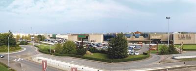 Foto von Belle Etoile (shopping center)