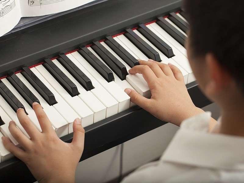 6 Tipps, wie man ein Musikinstrument spielt