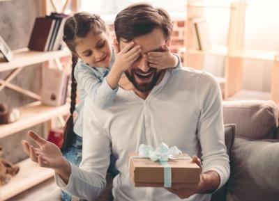 Nos idées cadeaux insolites et originales pour la Fête des Pères