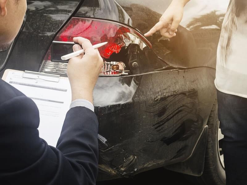 11 conseils pour bien choisir votre assurance auto | Editus