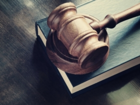 When should I turn to a lawyer?