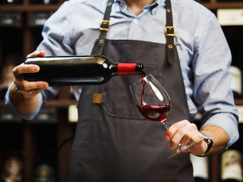 Comment bien choisir son vin... sans se mettre dans le rouge ?