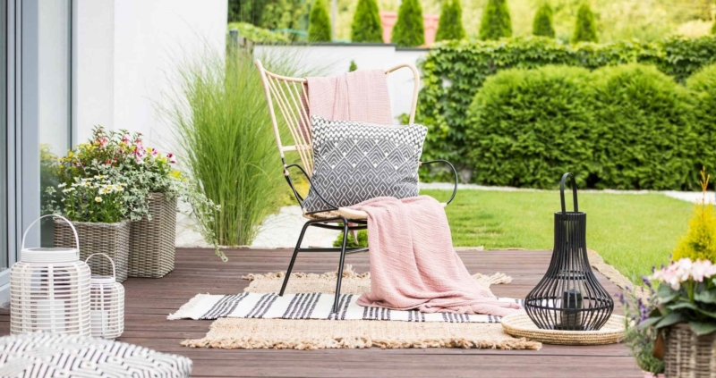 Dress up your garden to better sell