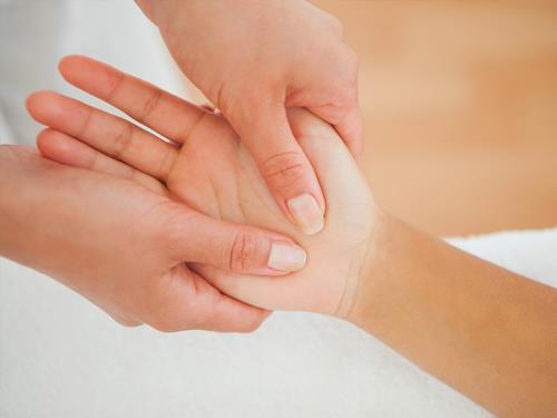 thérapie manuelle, kinésithérapie