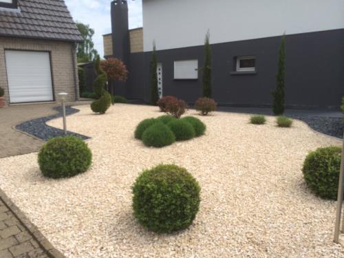 Paysagiste jardinier jardin min ral pereira de for Jardin de jardiniers