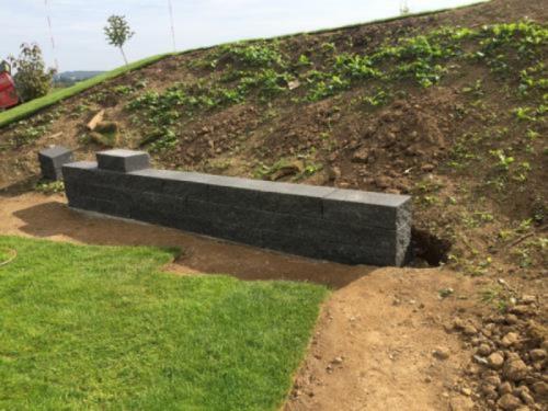 mur de pierre jardin
