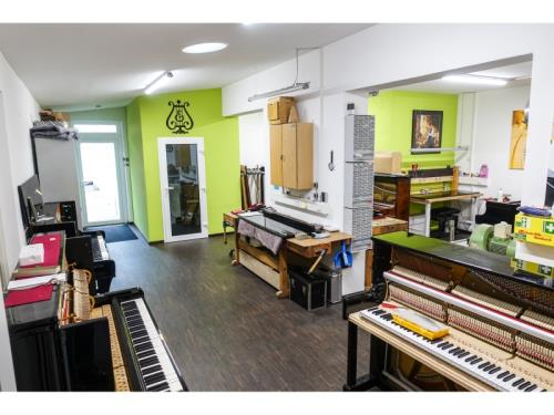 We manufacture Grand Pianos in Trier
