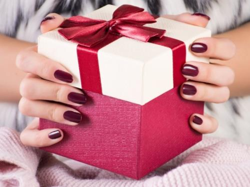 Cadeau onglerie