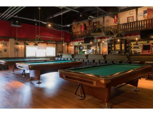 Billard The Saloon by Fun City