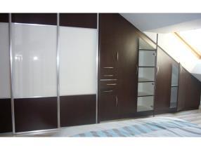 Chambre: droit et sous-pente, verre & décor