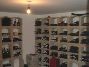Cave pour conservation du vin