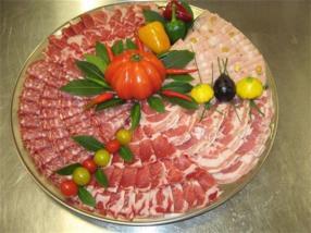 Plateau avec spécialités italiennes