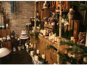 Grand choix de décorations de Noël