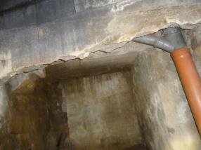 Mauertrockenlegung und Sanierung feuchter Wände