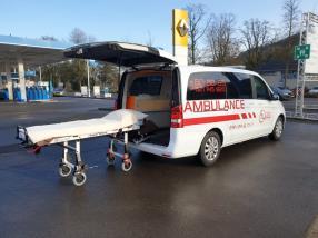 Transport des malades couchés (Ambulance)