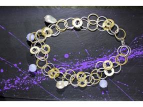 Collier d'anneau, de calcédoine et de perle baroqu