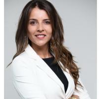 Mme Tania Rocha