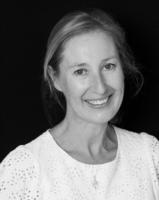 Mme Ulrike Jacquin-Becker