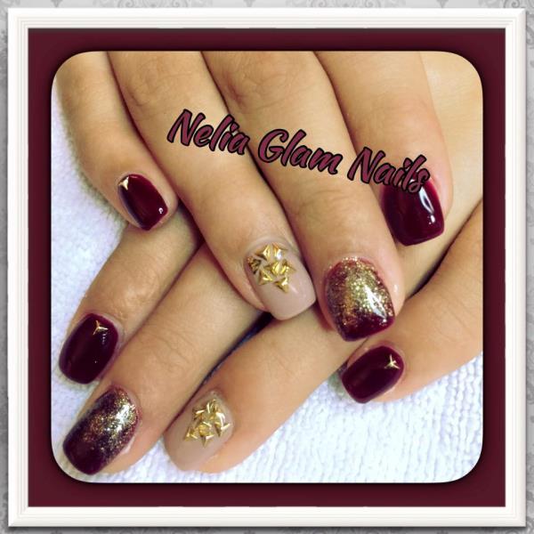 Nelia Glam Nails