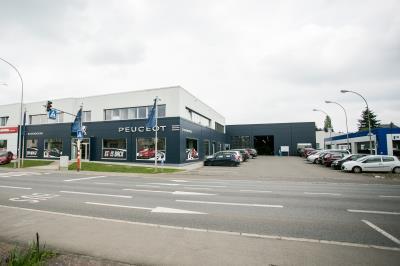 Garage Mercedes Niort 79 : garage peugeot rodenbourg ~ Gottalentnigeria.com Avis de Voitures