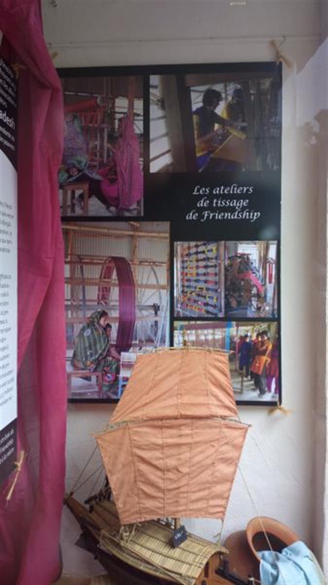 weltbutteker boutique du monde cacao chocolat cadeau souvenir editus. Black Bedroom Furniture Sets. Home Design Ideas