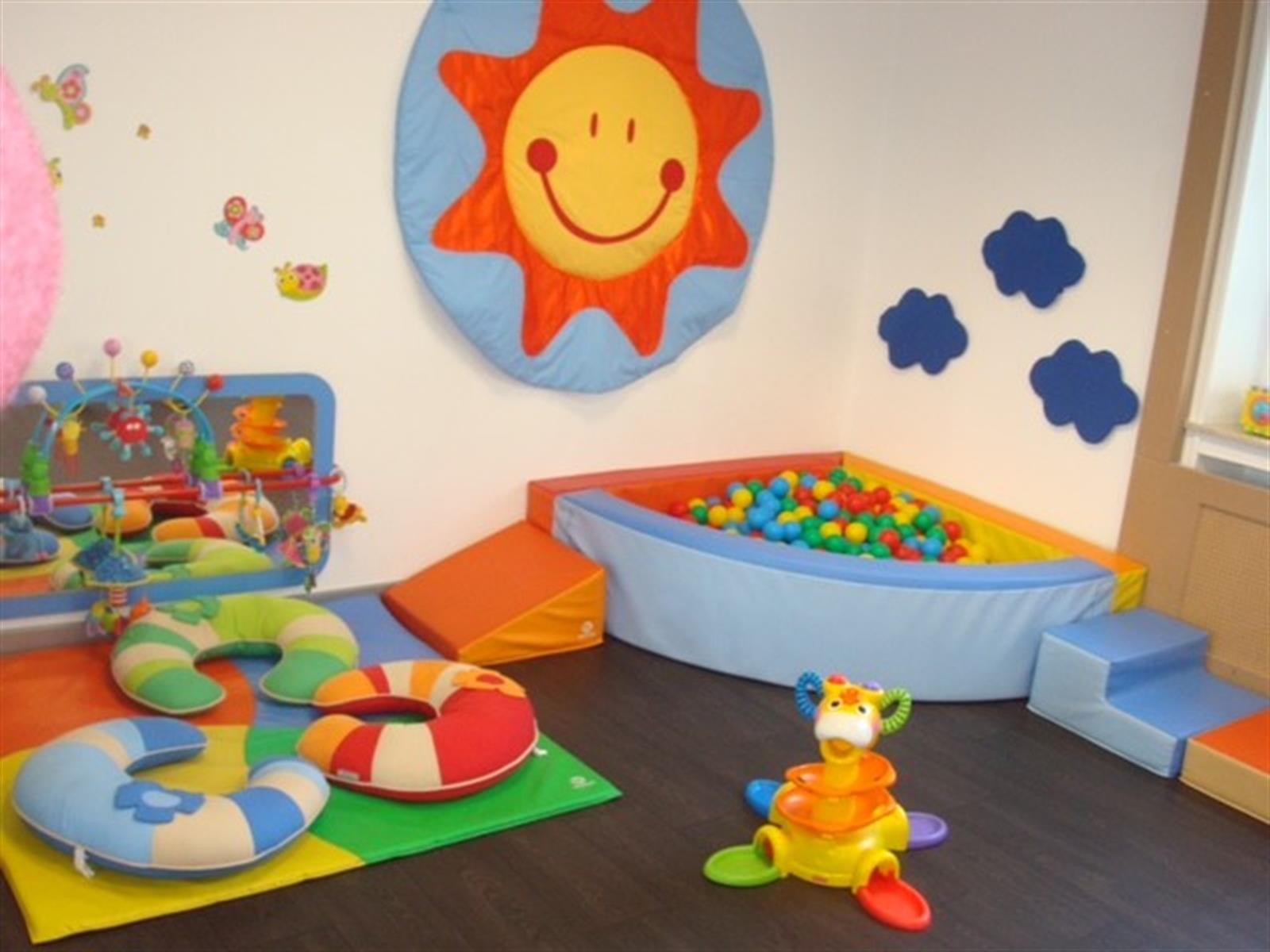 cr che l 39 le au tr sor cr che et foyer de jour pour enfant editus. Black Bedroom Furniture Sets. Home Design Ideas