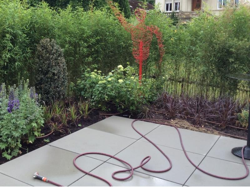 Aménagement des abords de la terrasse