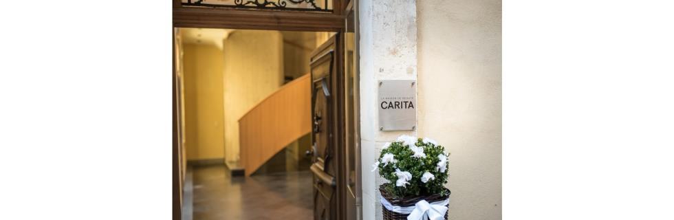 Image 7 - Maison de Beauté Carita