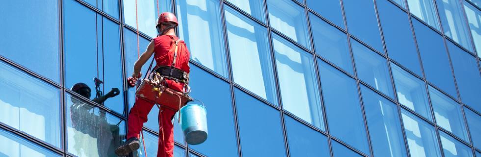 Lavage de vitres sur corde
