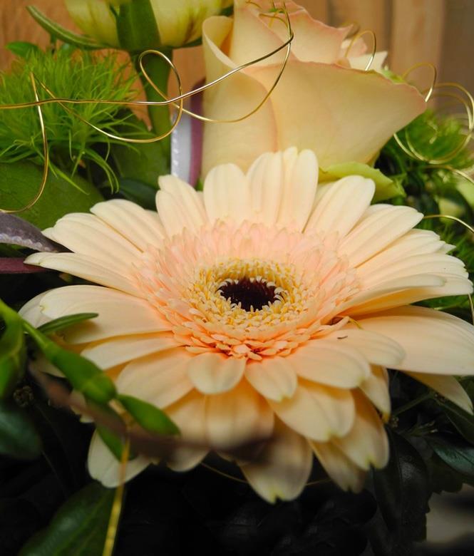 Image 2 - Fleurs Floristik Atelier